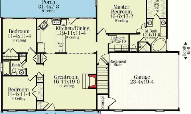 Split Bedroom Country Ranch Floor Master