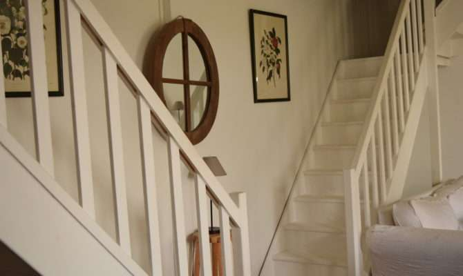 Split Staircase Surprisingly Spacious Love French Style