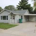 Spotless Bedroom House Garage Carport Rent