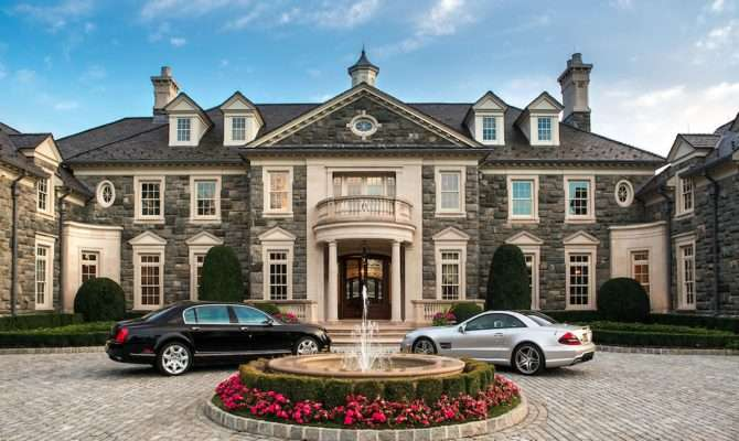 Stone Mansion Alpine Listed