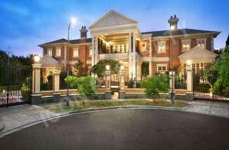 Stunning Brick Mansion Victoria Australia