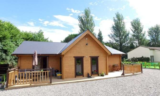 Super Insulated Three Bedroom Log House Oct