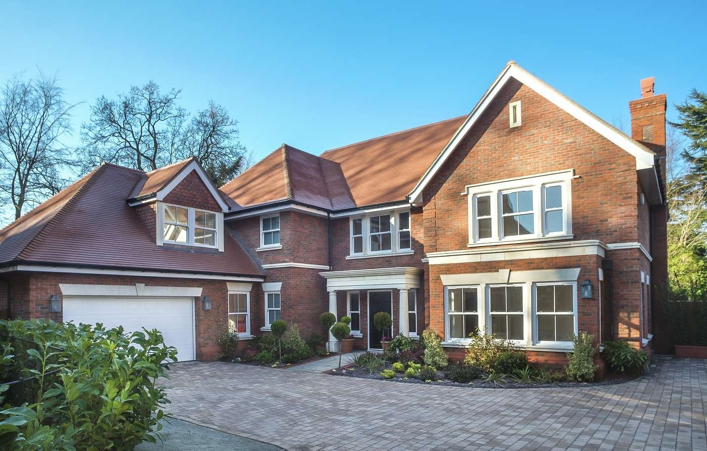 Surrey Sales Success Luxury Homes Snapped