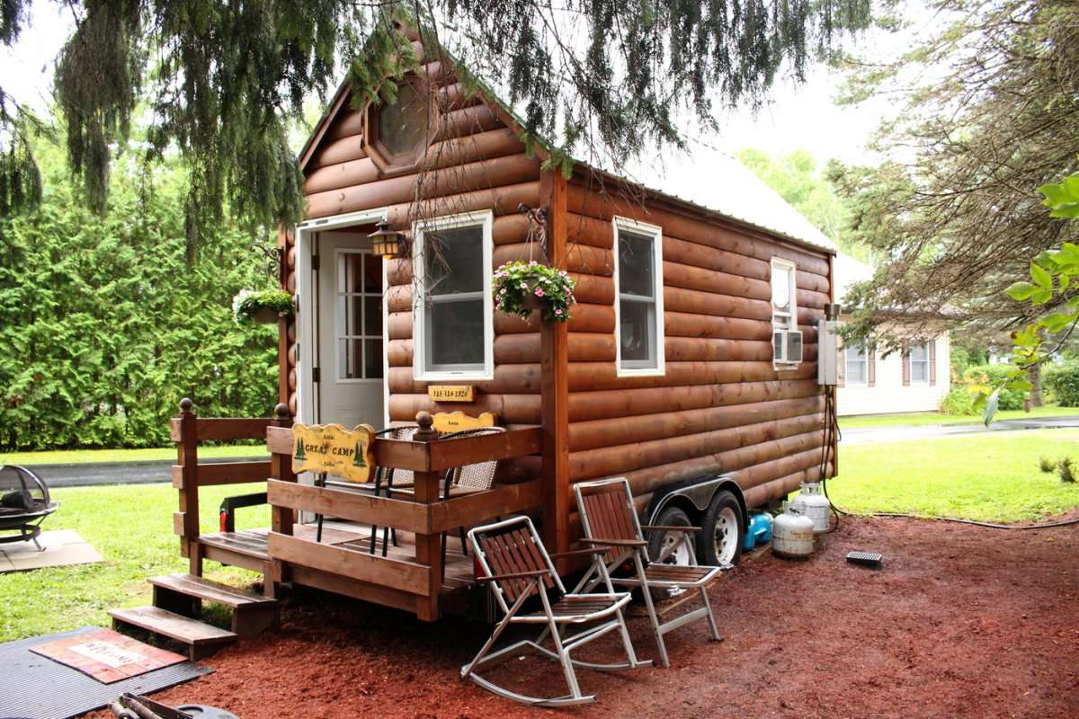 Surviving Mom Tiny House Blog