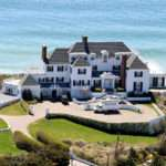 Taylor Swift Amazing Beach House Wow Trending Report