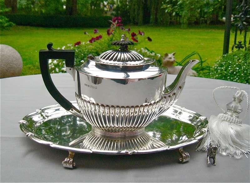 Teekanne Queen Anne Design Sterlingsilber Liter