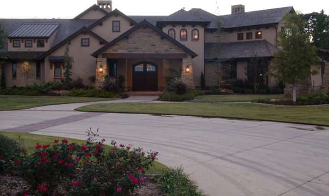 Texas Hill Country Style Traditional Exterior