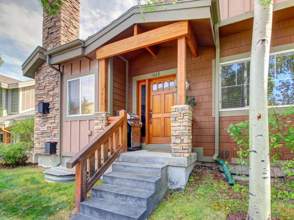 Three Story Townhouse Private Hot Tub Jet Vrbo
