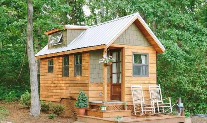 Tiny Houses Seniors Building Home