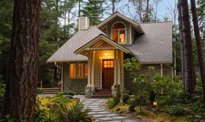 Top Benefits Downsizing Into Smaller Home