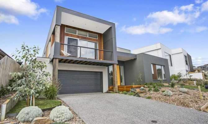 Torquay Home Designed Sloping Block