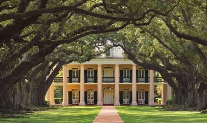 Tour Beautiful Oak Alley Plantation Louisiana