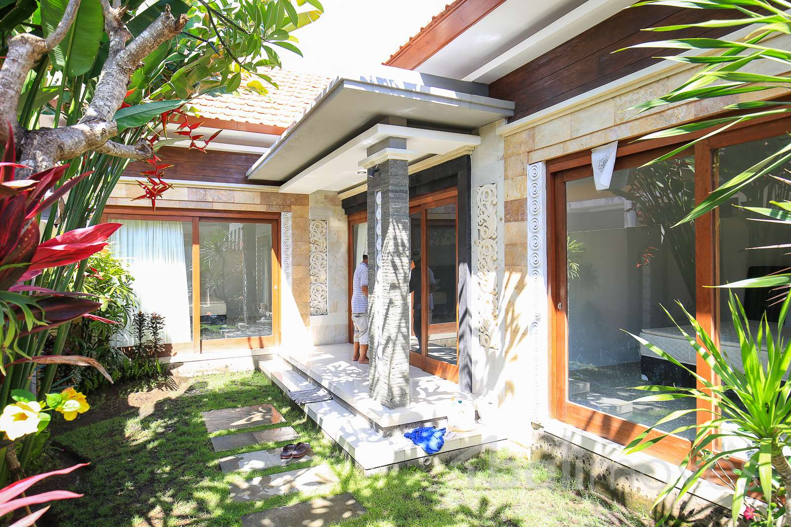 Two Bedroom Clean Modern House Sanur Local Agent