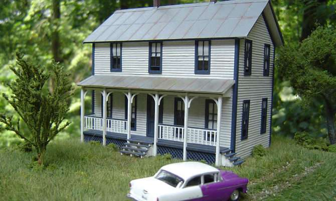 Two Story Farmhouse Model Railroad Hobbyist Magazine Having Fun