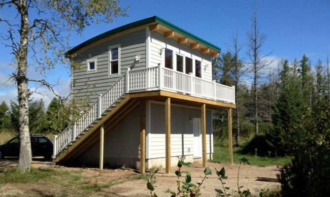 Two Story Maxwell Cabin Lake Michigan