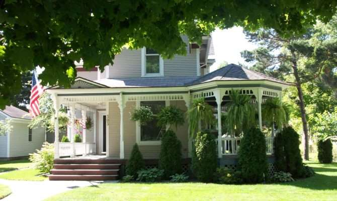 Victorian Home Offers Three Sided Wraparound Porch Very