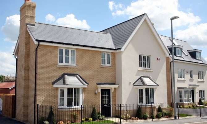 Visitors Commend Bellway Two New Show Homes Takeley