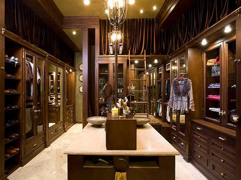 Walk Closet Large Luxury Modern
