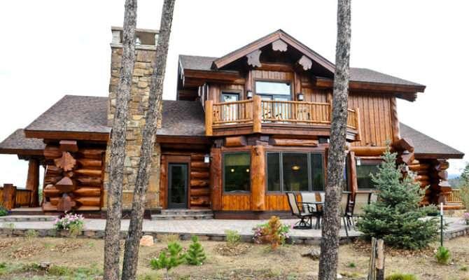 Western Red Cedar Ranch Style Log Home Exterior Denver